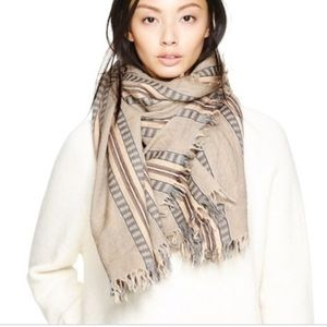 💕 wilfred oversized scarf